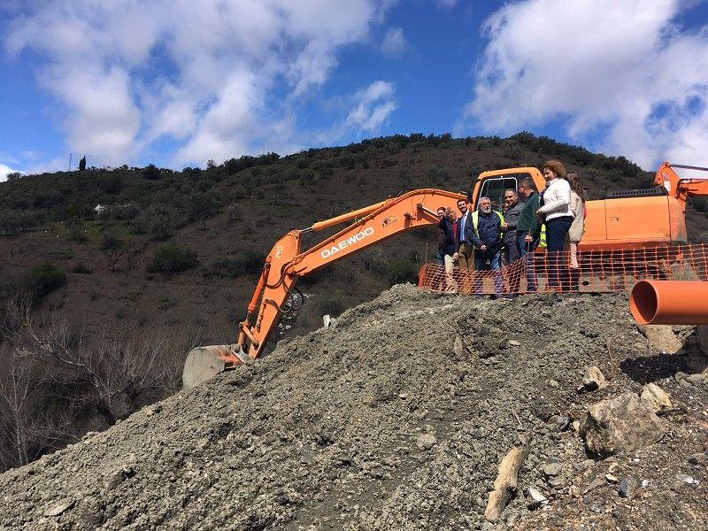 Está previsto que el tráfico entre Salares y Árchez se restablezca en un mes si la climatología lo permite