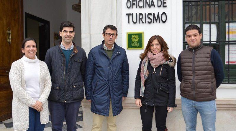 La oficina de Turismo de Coín ya luce el distintivo de Gran Senda