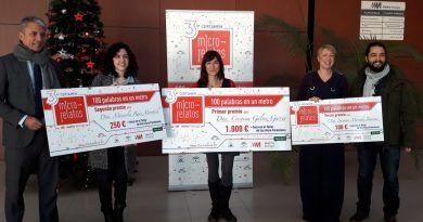 Metro de Málaga entrega los premios del tercer certamen de microrrelatos '100 Palabras en un Metro'