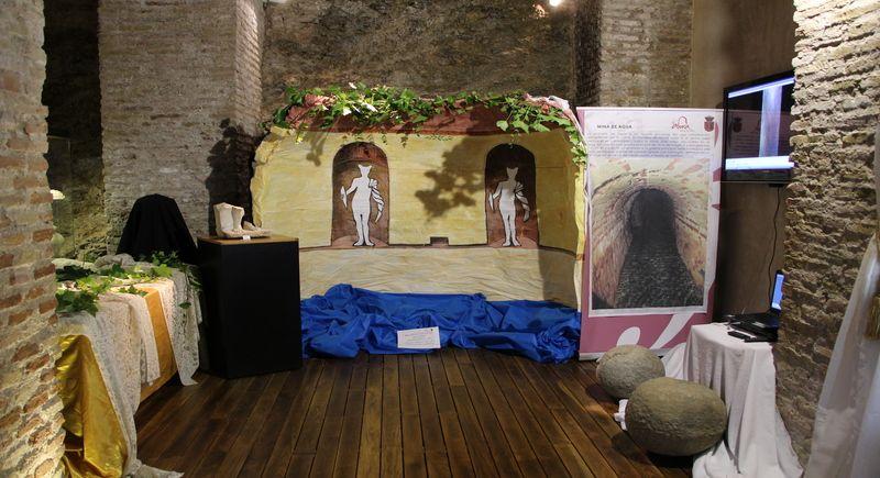 """Se inaugura en Álora la Exposición """"Yacimiento Romano de Canca"""""""