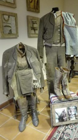 trajes de Algarrobo, museo del bandolero ronda
