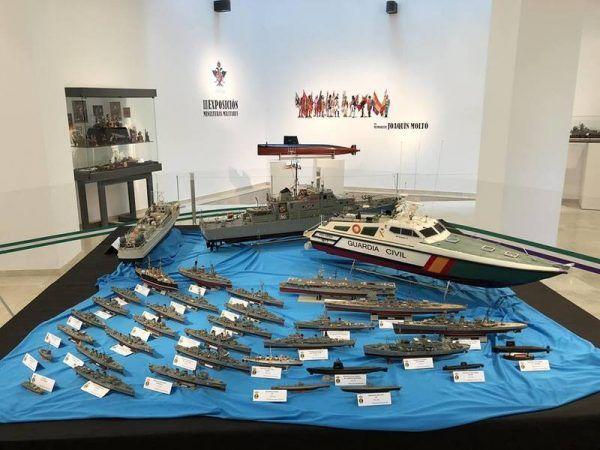 """La exposición de Miniaturas Militares de la agrupación """"Comandante Benítez"""" llega a Alhaurín el Grande @ Biblioteca Municipal"""