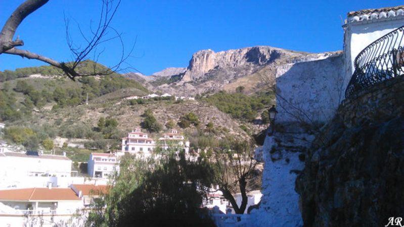 vistas de Canillas de Aceituno desde el mirador del castillo, Axarquía