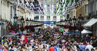 Málaga se viste de Feria