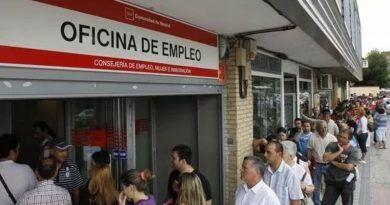 Bajada del paro en Málaga en Junio en 4.649 personas