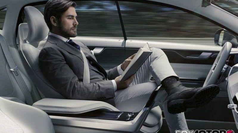 Las nuevas tecnologías y la 5G para una movilidad autónoma y conectada centraron el debate de S-Moving
